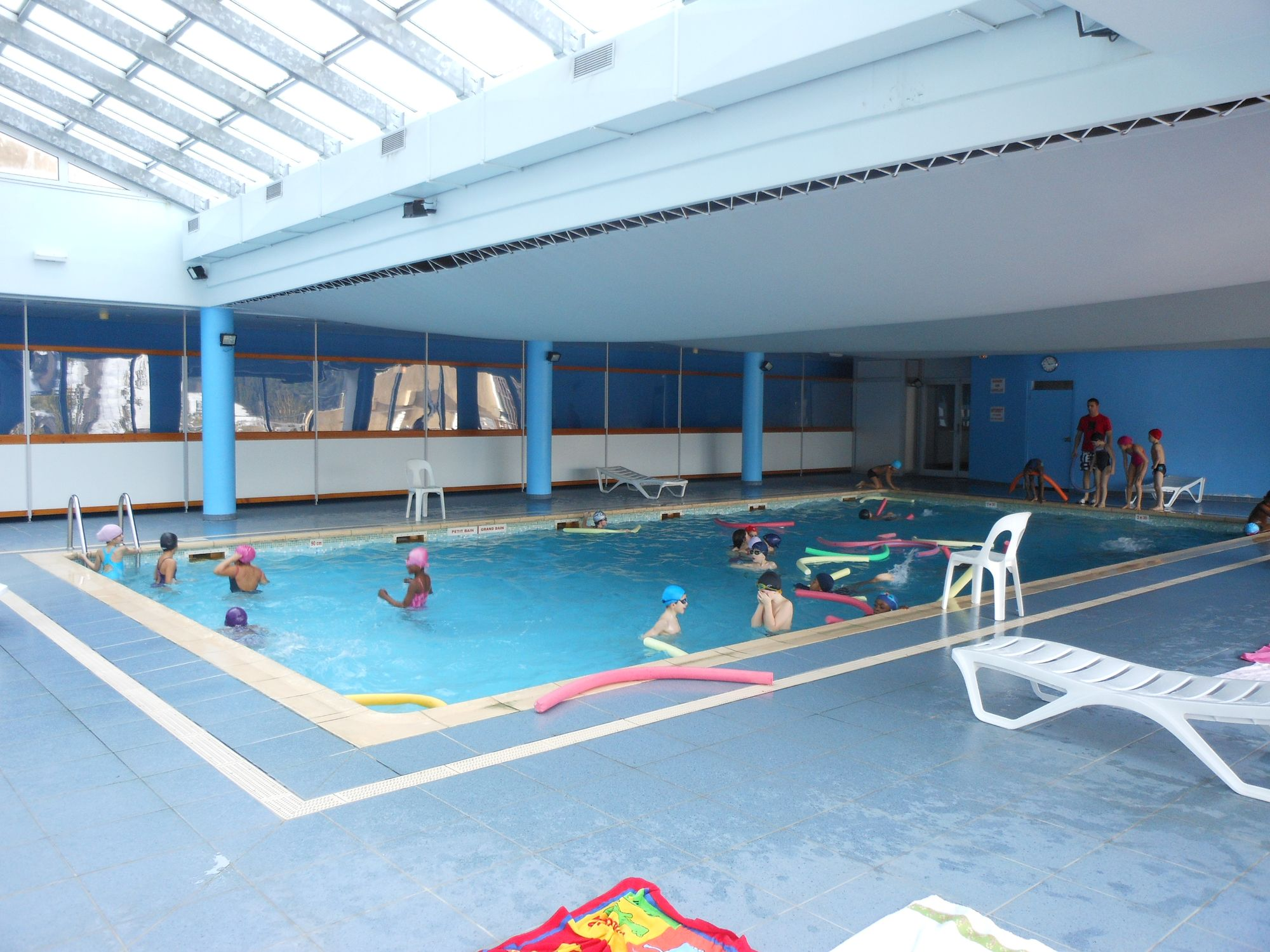 Ecole pierre mendes france chatenay malabry les ce2 c en - Piscine chatenay malabry ...